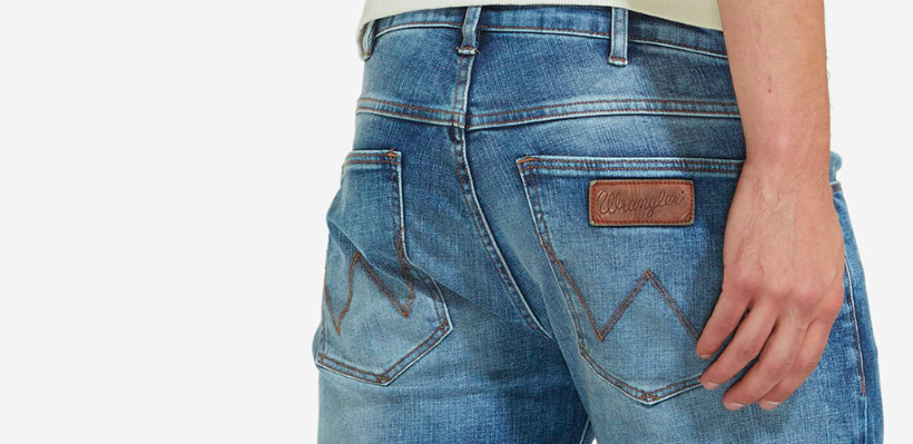 3 Outfits mit der Wrangler Texas Stretch