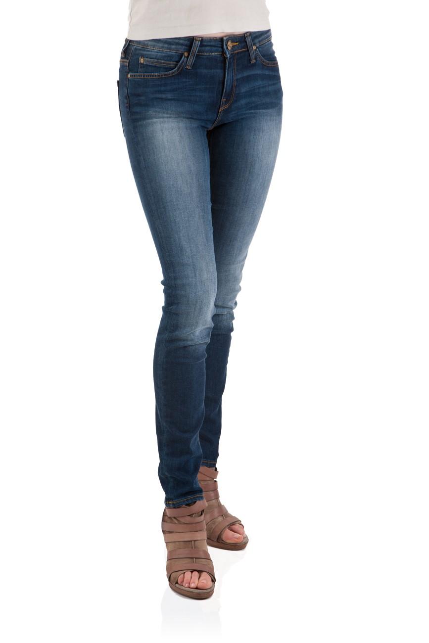 l ssige lee scarlett gibt es g nstig bei jeans. Black Bedroom Furniture Sets. Home Design Ideas